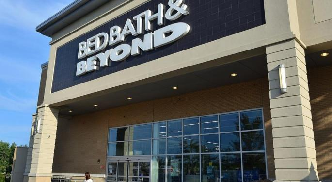 Bed Bath & Beyond Boosted By Activist Battle, Analyst Upgrade