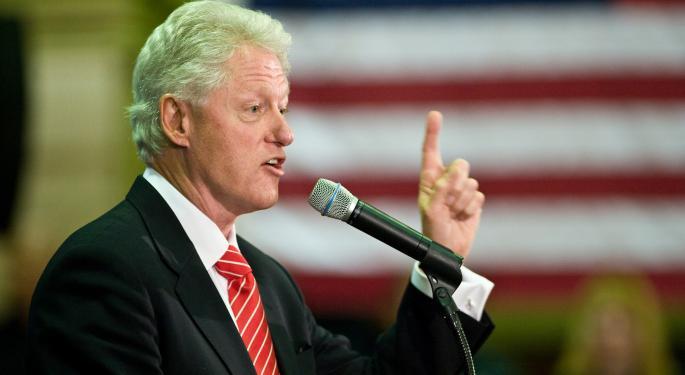 Bill Clinton: Blame Activist Investors, Not NAFTA For Companies Fleeing To Mexico