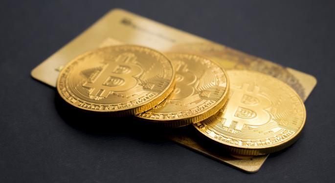 Bitcoin Crosses $25,700, Aims At $26,000
