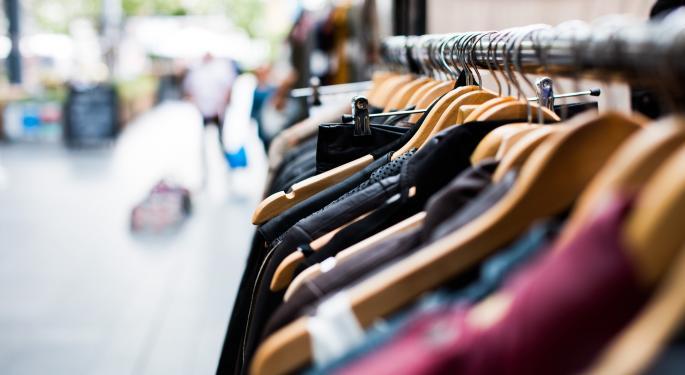 Retail Boogeyman Amazon Spooks Lululemon Investors With Hints Of Interest In Activewear