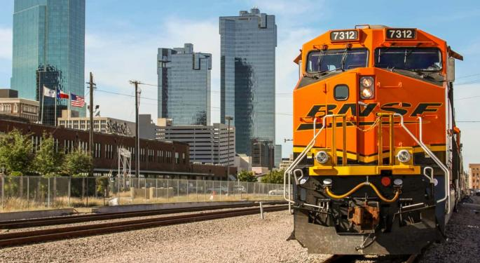 BNSF's First-Quarter Net Earnings Slip On Lower Revenues And Carload Volumes
