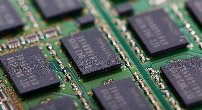 Mizuho Downgrades Lam Research, Western Digital, Remains Positive On Micron