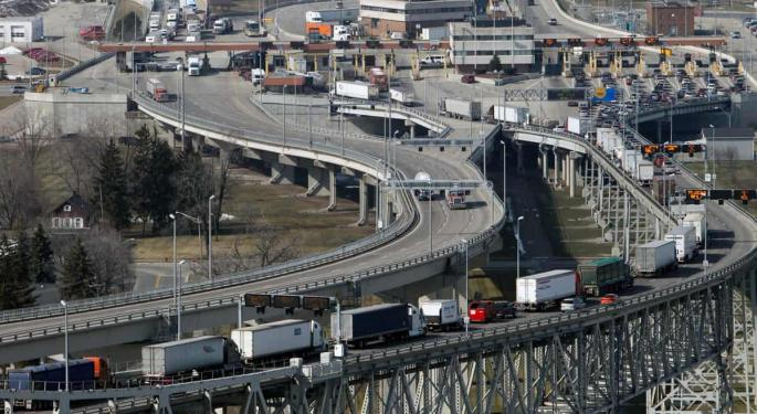 US-Canada Border Closure Has Silver Linings, Customs Broker Says