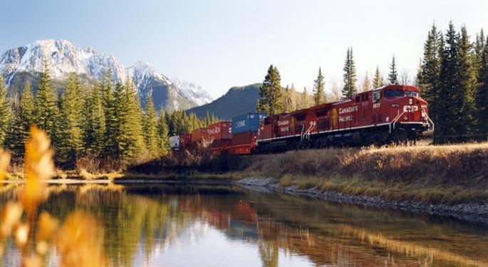 Revenue Decline Dampens Canadian Pacific's Q3 Profit