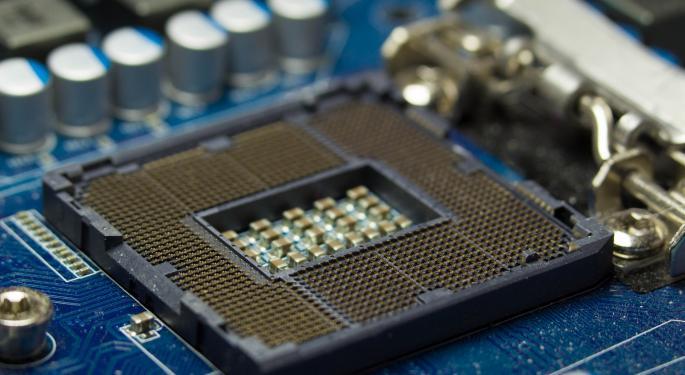 Intel's Stock Falls On Weaker Guidance