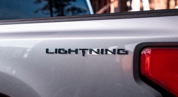 Ford Teases All Electric F-150 Lightning With Cybertruck-Style Lightbar