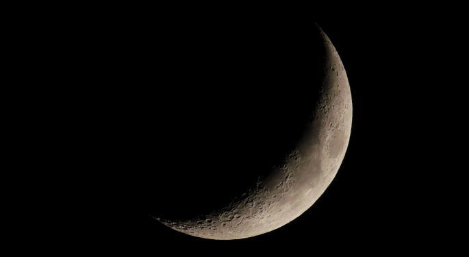 Bezos Offers NASA Billions For Lunar Lander Contract