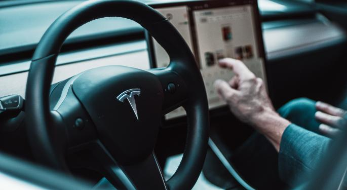 Tesla Reports Improved Miles-To-Accidents Ratio For Autopilot