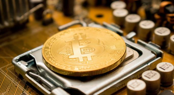 Bitcoin Trading Volume, Active Addresses Hit Record High Despite Slump — What That Means