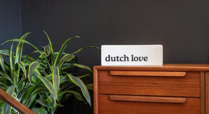 Hobo No More: Cannabis Company Rebrands, Opens 2 'Dutch Love' Stores