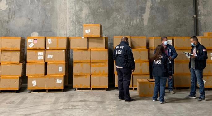 CBP Seizes 100,000 Fake Surgical Masks Near US-Mexico Border