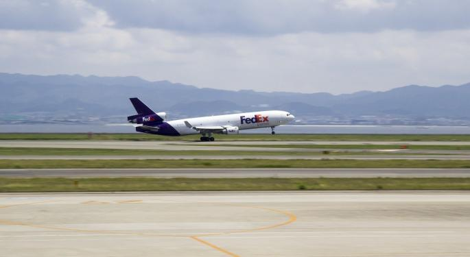 Why This FedEx Analyst Sees Improving Express, Ground Prospects