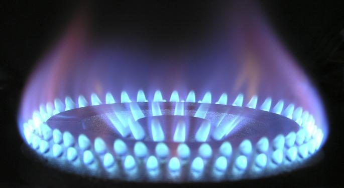 With Earnings Looming, Gas Up With These ETFs