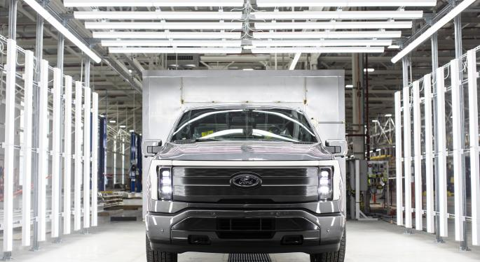 Ford CEO Says EVs Remain Beyond Reach Of Average Buyers — Mining Needs To Be Brought Back To US Alongside Battery Production