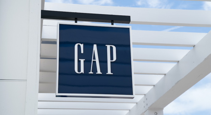 Here's How Much Investing $1,000 In Gap Stock 5 Years Ago Would Be Worth Today