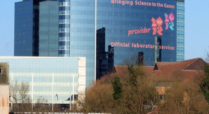 GlaxoSmithKline Q1 Profit, Sales Decline As COVID-19 Vaccination Delay Other Treatments; Backs 2021 Outlook