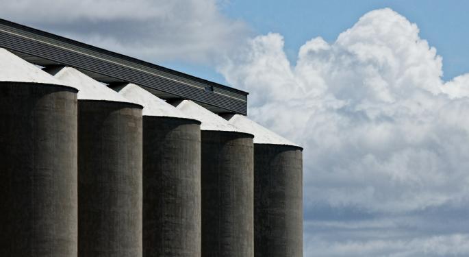 Canadian Grain Volumes Set April Records; U.S. Rail Volume Slumps