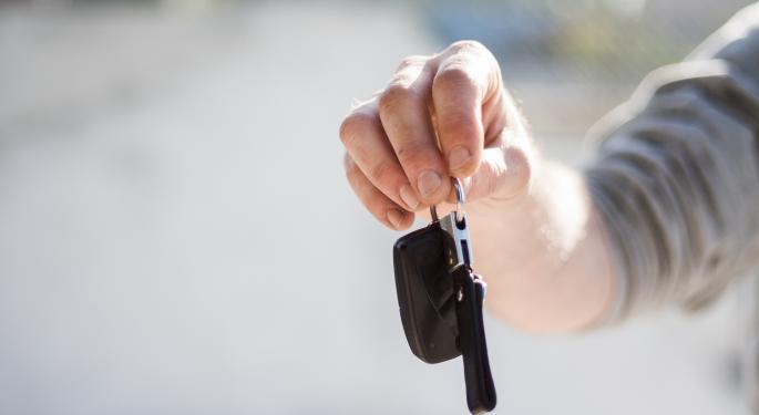 Online Auto Sales: BTIG Bullish On TrueCar, CarGurus
