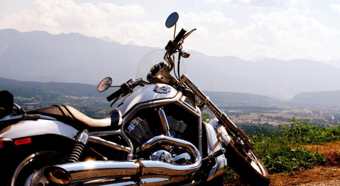 With Harley-Davidson Production, Sales Frozen, Argus Downshifts On Stock