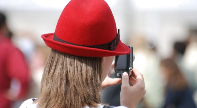 Red Hat Shares Lower Following Q4 Results; Analysts Weigh In