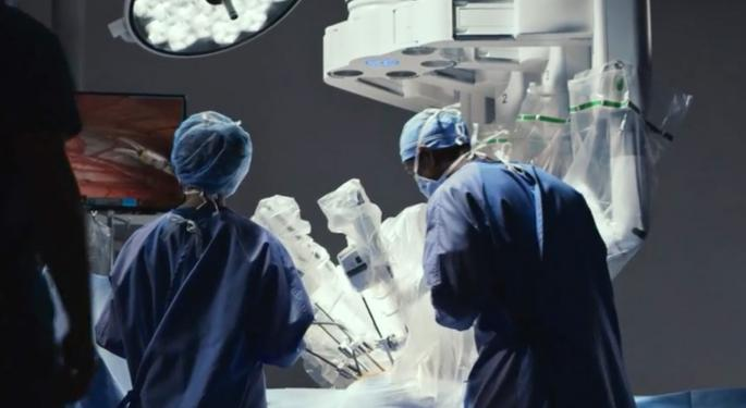 Intuitive Surgical's Outlook 'Has Never Been Stronger,' Analyst Says After Q2 Report