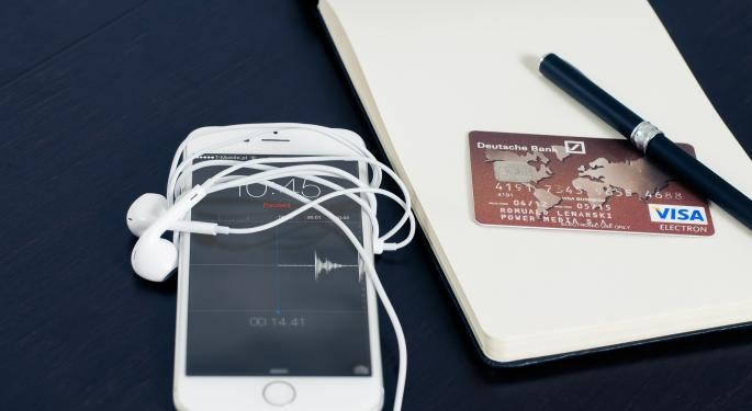 Gene Munster Says Apple Pay A Legitimate Threat To PayPal's Staying Power