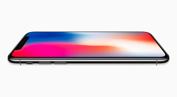 Piper Jaffray Downgrades Finisar; Apple Suppliers Down On iPhone X Production Concerns