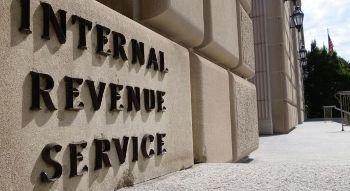 A Different Kind Of Holiday Gift: Tax Moves To Make Now Before Year's End