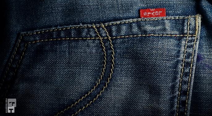 Levi Strauss Reports Q1 Earnings Beat