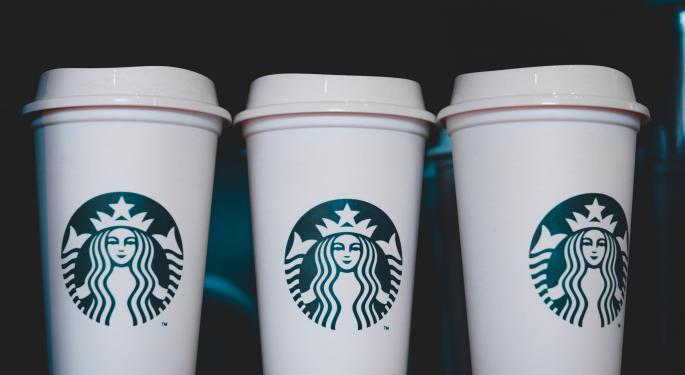 Starbucks desmiente que se esté quedando sin tazas y café