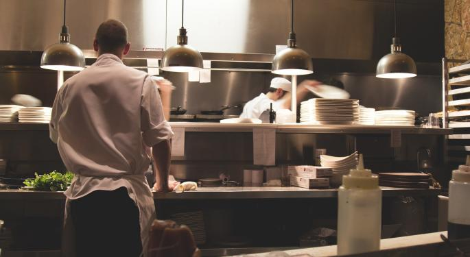 3 Restaurants That Could See Labor Pressure From Amazon's Wage Increase