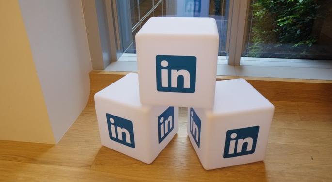 Why Did LinkedIn's CEO Give His Bonus Back?