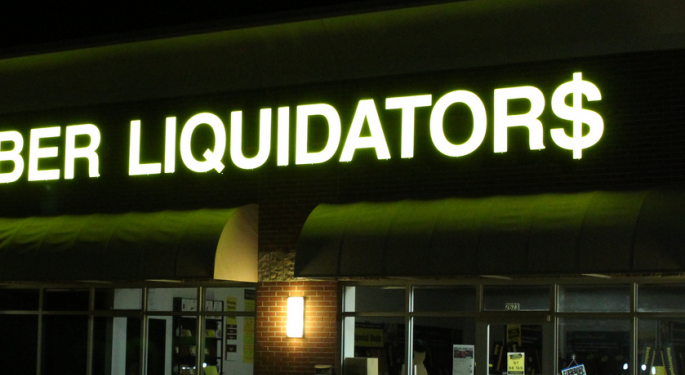 Wedbush: Lumber Liquidators Is 'Not Out Of The Woods,' But Bankruptcy Unlikely