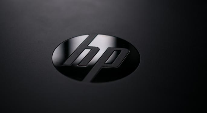 HP Reports A Clean Q4 Beat, But Headwinds Keep Analysts On The Sidelines