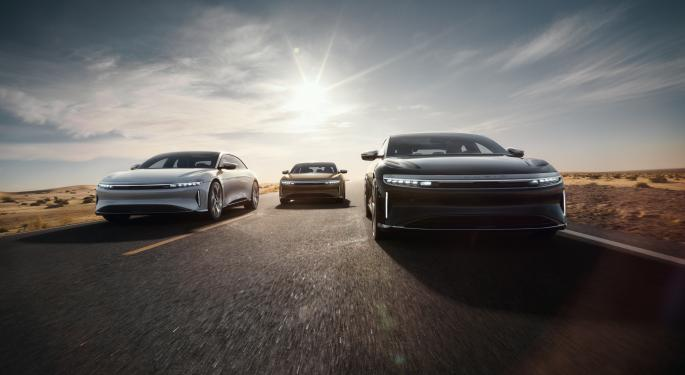 Lucid, Rivian Sued In Illinois Over Direct Sales Model