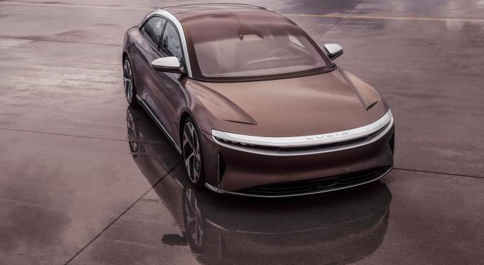 Lucid ve a Tesla como su competidor real en el sector