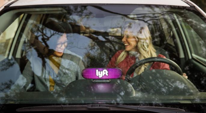 Lyft Wins First Sell-Side Bull Before IPO; DA Davidson Sees $105B Rideshare Sector By 2029