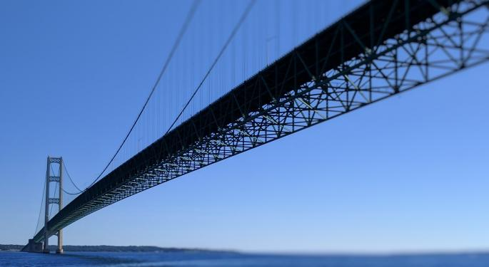 Enbridge Stock Could See Pressure As Whitmer Orders Shutdown Of Michigan Pipeline