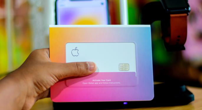 Apple Card — Once Accused Of Discriminating Against Women — Has Now Find Major Customer Base In Them