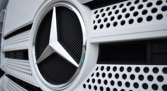 Daimler Trucks Produces Milestone 750,000th Heavy-Duty Truck In North Carolina