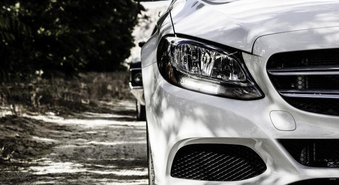 Mercedes-Benz Cruising Past BMW In 2016