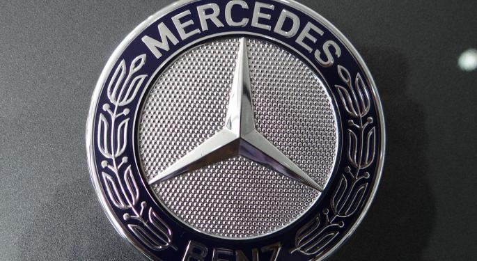 Mercedes Boosts Hybrid C-Class Battery To Battle SUVs: Bloomberg