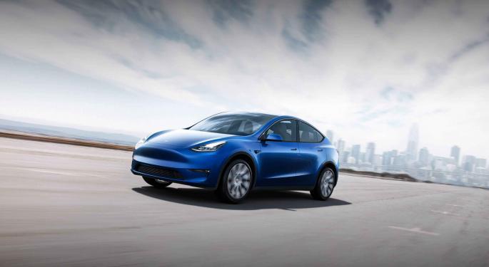 Tesla's Stock Approaches JMP's $1,500 Price Target