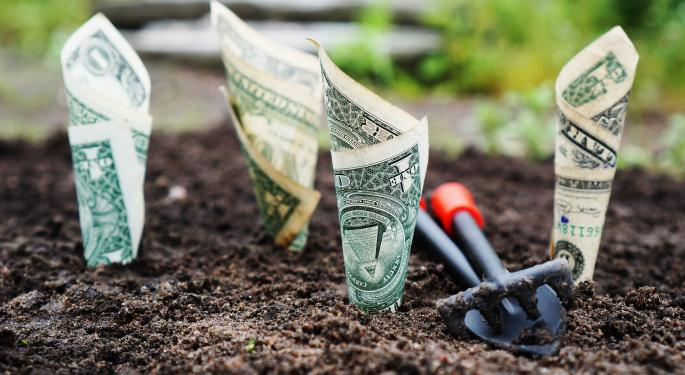 A NOBL Endeavor: Finding Dividend Growth With ETFs In 2017