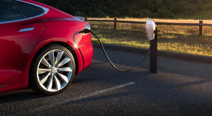 Cómo abrirá Tesla sus Superchargers a otros coches