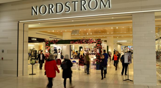 Wedbush Favors Off-Price Retail, Says Nordstrom's Search Interest 'Took A Nose Dive'