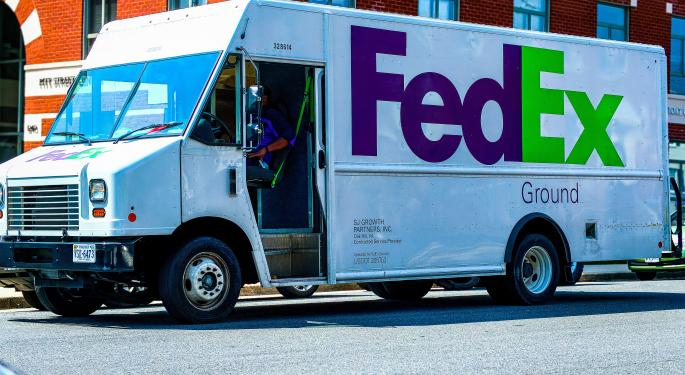With The Fed On Deck, Investors Cheer FedEx Earnings, But Boeing Loses Altitude
