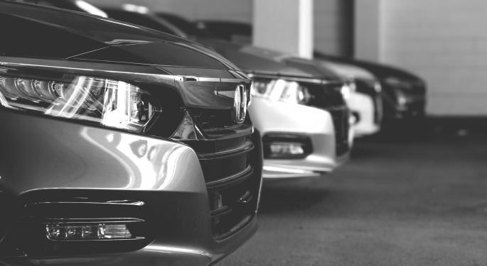 Nio invierte en un concesionario chino online de coches usados