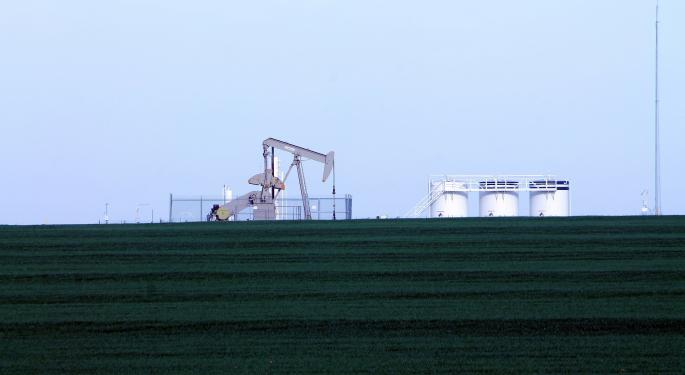 Oil ETFs Show Muted Reaction To Price Bearish Rig Count Data