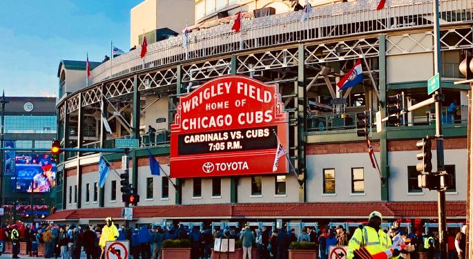 DraftKings Signs Deal With Chicago Cubs: What Investors Should Know